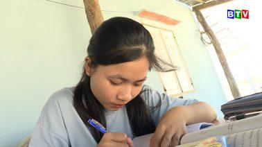 Tiếp bước đến trường đồng hành, chia sẻ và trao học bổng cho em Đặng Thị Tố Nguyên, học sinh trường THPT Hàm Thuận Nam, huyện Hàm Thuận Nam